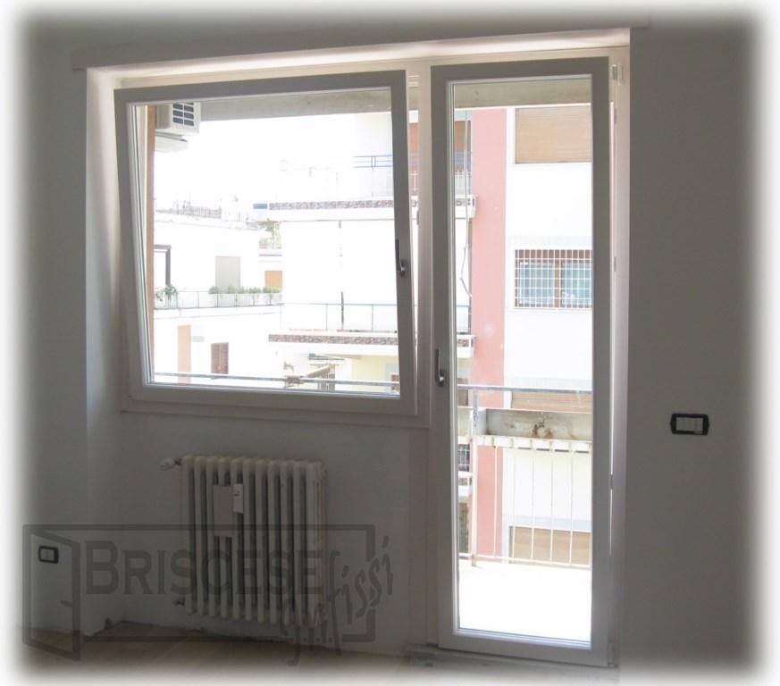 Finestre e porte finestre in pvc - Porte e finestre ostia ...